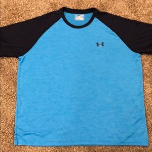 Men's XL Under Armour shirt